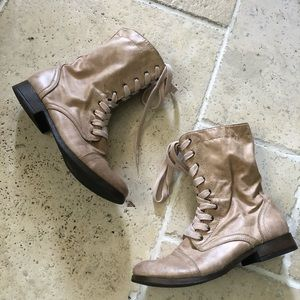 🐰 Mossimo Combat Military Lace Boots Faux Leather